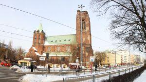 Plac Narutowicza na nowo: trambuspas, deptak i alejki