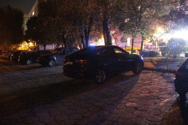 Policja sprawdzała, czy ładunku wybuchowego nie ma pod BMW Artur Węgrzynowicz, tvnwarszawa.pl