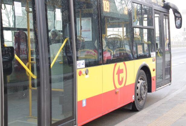Nowe logo na autobusach ZTM
