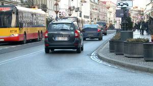Nowy Świat: 10 procent aut wjeżdża nielegalnie, ale kamer nie będzie