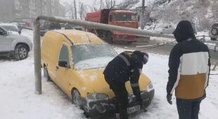 Trudne warunki pogodowe w Kraju Nadmorskim w Rosji